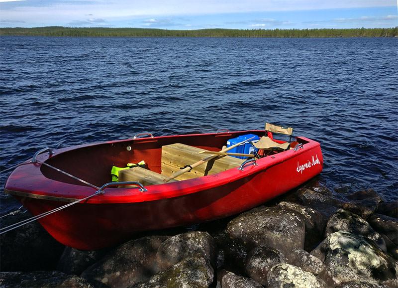 En été, Séjour Soleil de minuit avec pêche au lac en pleine nature